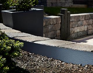 Gestaltungskante FVG Folien Vertriebs GmbH Abgrenzung Mauer und Beet
